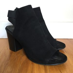 Kenneth Cole Reaction Open Toe Bootie- Black Suede